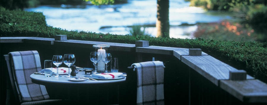 Time together in New Zealand - New Zealand Huka Lodge, River Terrace Dinner Set Up