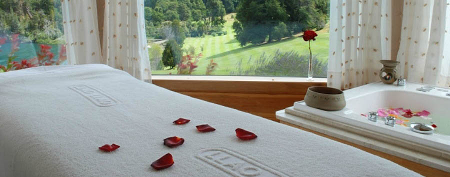 Llao Llao Resort - Spa Treatment Bed
