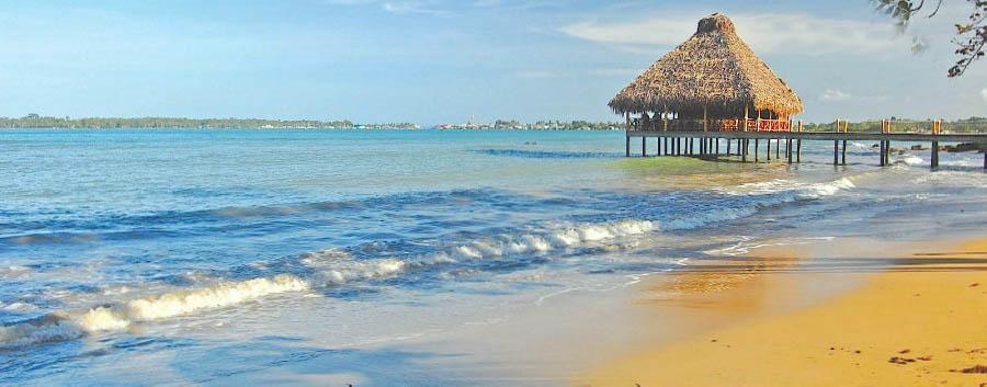 Bocas del Toro à la carte - Panama Playa Tortuga Beach Resort, Golden Beach and Deck