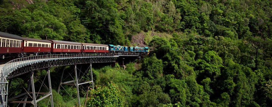Mosaico australiano: Cairns - Australia Queensland, Kuranda Railway © Masaru Kitano/Tourism Australia