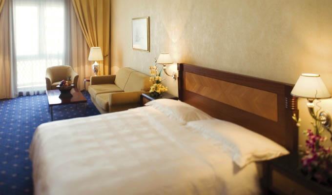Mövenpick Hotel Bur Dubai, Double Bedroom - Dubai