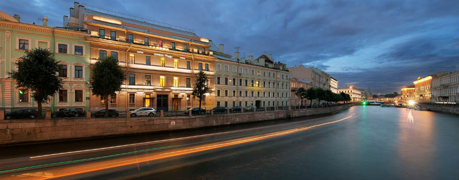 Domina+Hotel+St.Petersburg+-+Exterior+View+From+Moika+River