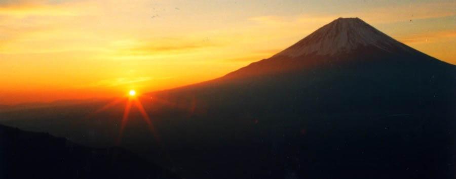 Discovering Tokyo - Japan Mount Fuji at Sunset
