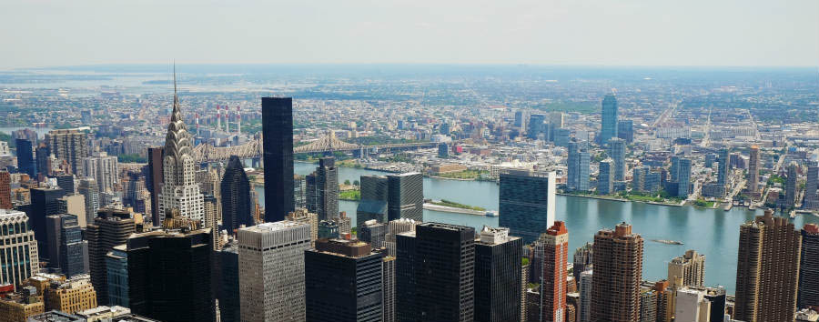 Scintillante New York - New York Manhattan midtown view © Bus/Shutterstock