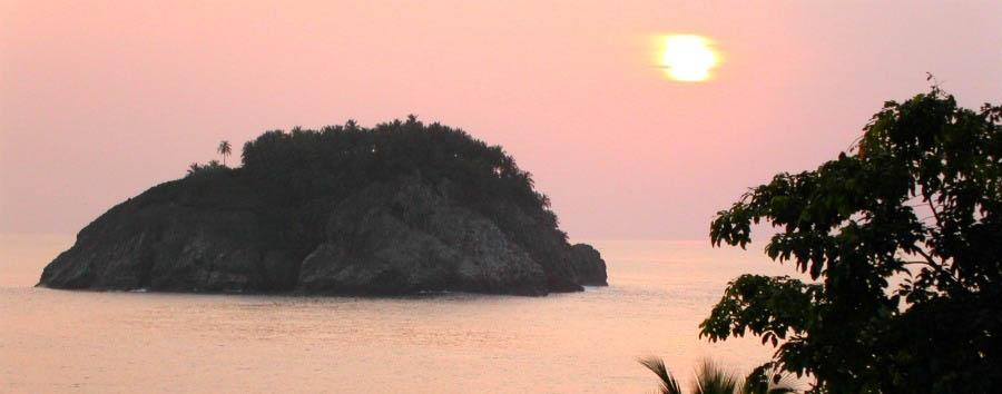 Pestana Equador - Ilhéu Das Rolas at Sunset