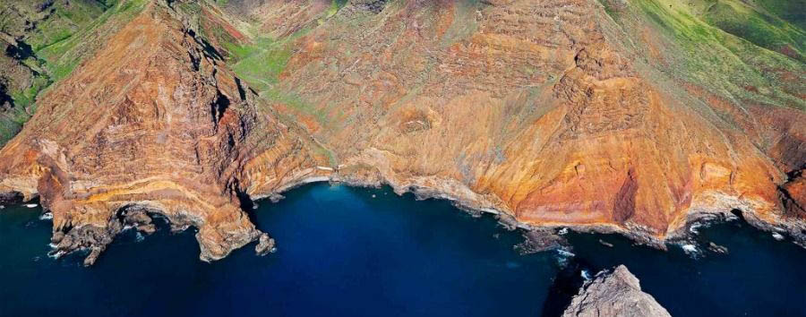 Il mondo in un'isola - St Helena Island Aerial View © St Helena Tourism