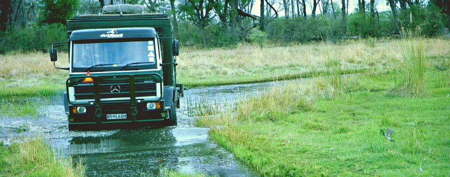 Africa, dal Capo alle Victoria Falls - Botswana Truck in the Okavango Delta