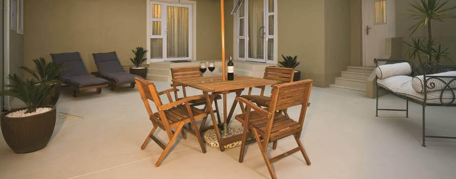 Swakopmund Guest House - Courtyard