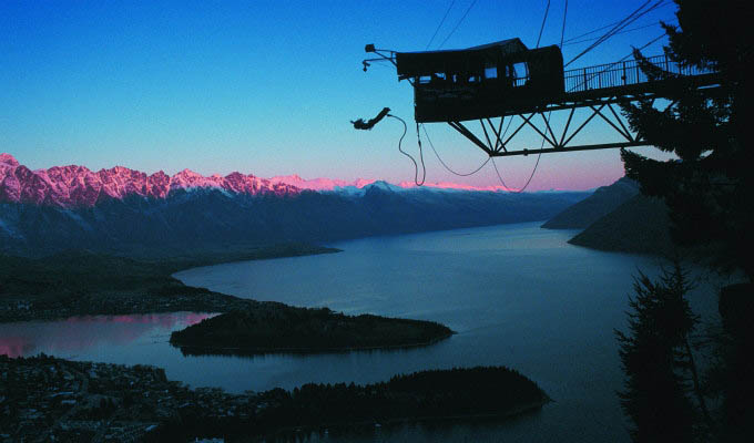 Queenstown, The Ledge © Aj Hackett Bungy/Tourism New Zealand - New Zealand