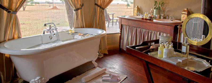Singita Sabora Tented Camp - Tent bathroom