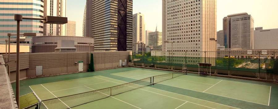 Hilton Tokyo Hotel - Rooftop tennis courts
