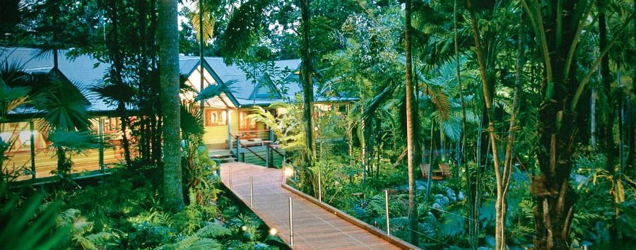 Silky+Oaks+Lodge+-+Main+Lodge+and+Boardwalk+%C2%A9+Luxury+Lodges+of+Australia