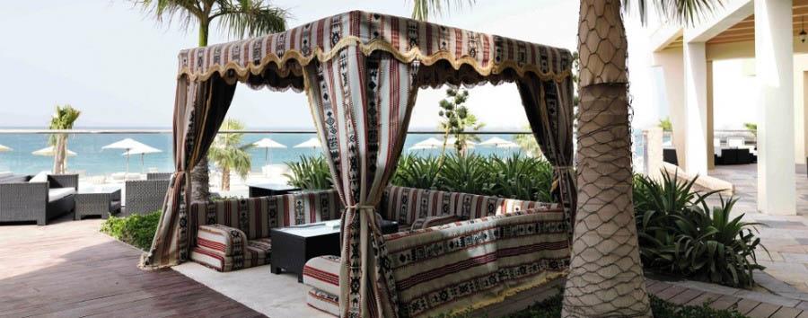 Fujairah, mare al Radisson Blu Resort  - Fujairah Beach Cabana