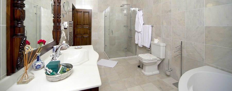 Yunak Evleri - Suite Bathroom