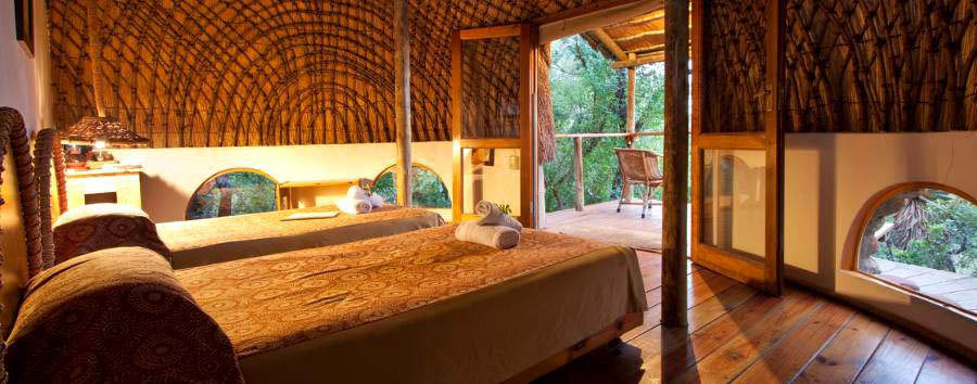 Isibindi Zulu Lodge - Room interior