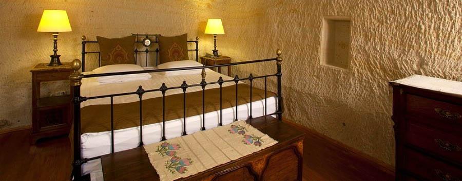 Yunak Evleri - Suite Bedroom