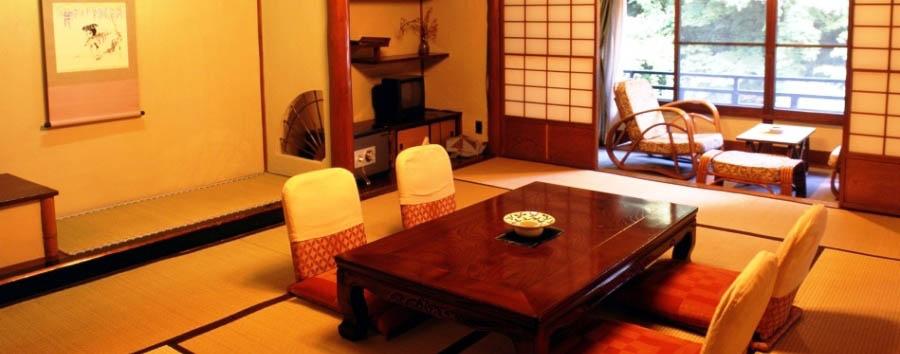 Ichinoyu Honkan - Ryokan interior