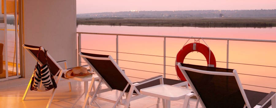 Navigando lungo il Chobe - Botswana and Namibia Zambezi Queen, View from the deck