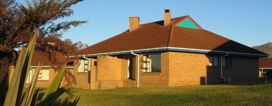 Mpumalanga, Groskop - Mogodi Lodge, exterior view