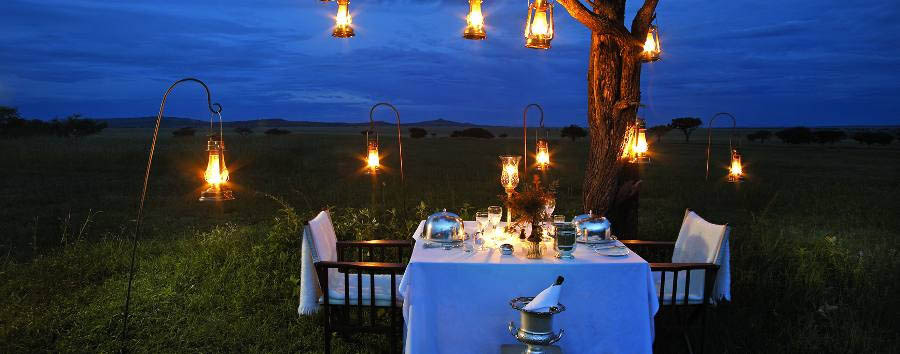 Singita Sabora Tented Camp - Dinner in the bush