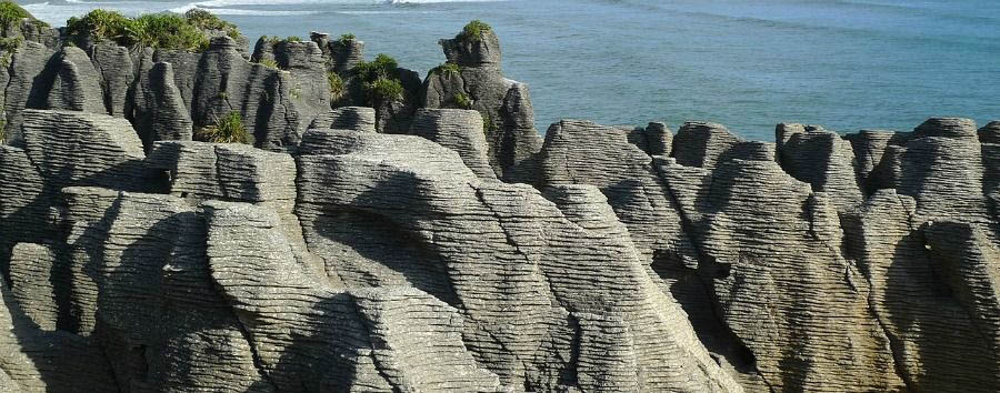 Fascinating New Zealand - New Zealand Punakaiki, The Pancakes Rocks © Ewan Munro