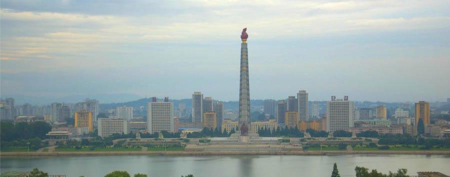 Corea del Nord da scoprire - North Korea Pyongyang - Juche Tower