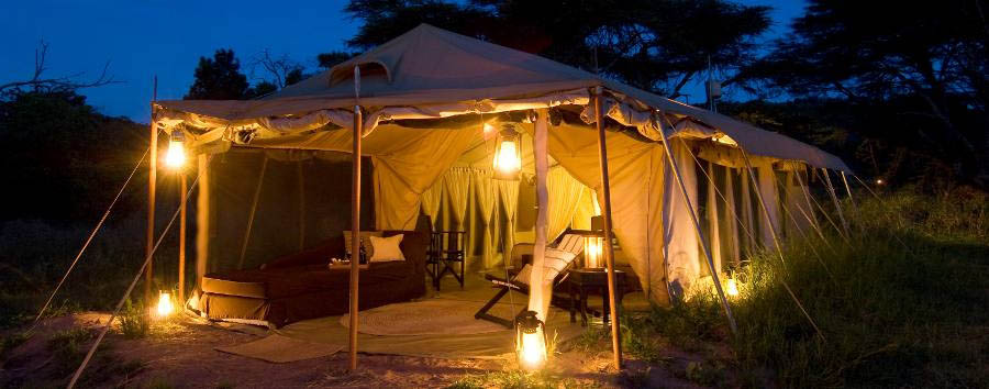Dunia Camp - Tent by night