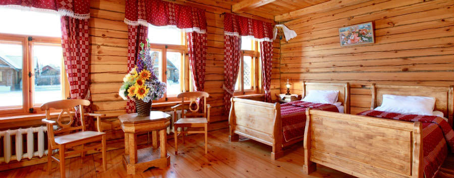 Pushkarskaya+Sloboda+Hotel+-+Wooden+House+Room