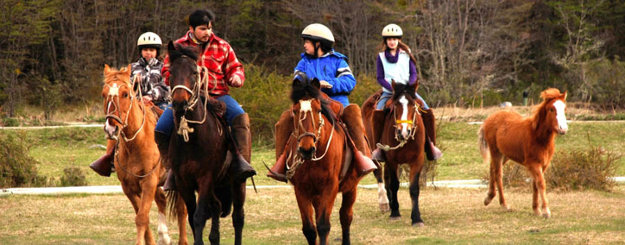 Lakutaia Lodge - Horse riding excursion