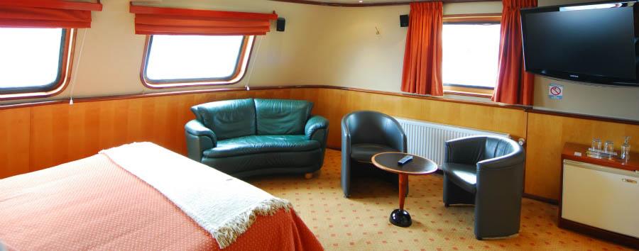 M/V Skorpios III - Suite Master Cabin