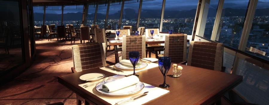 Rihga Royal Hotel Kyoto - Restaurant with Kyoto view