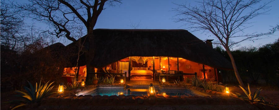 Experience VicFalls - Zambia Stanley Safari Lodge, Main Lodge at Night