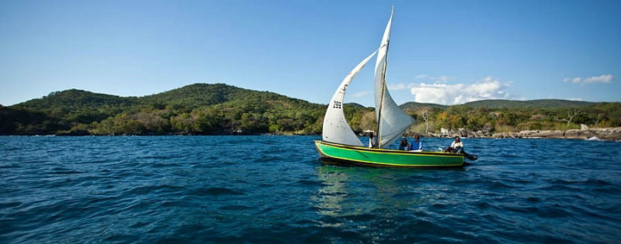 Discover Lake Niassa - Mozambique Lake Niassa, Sailing