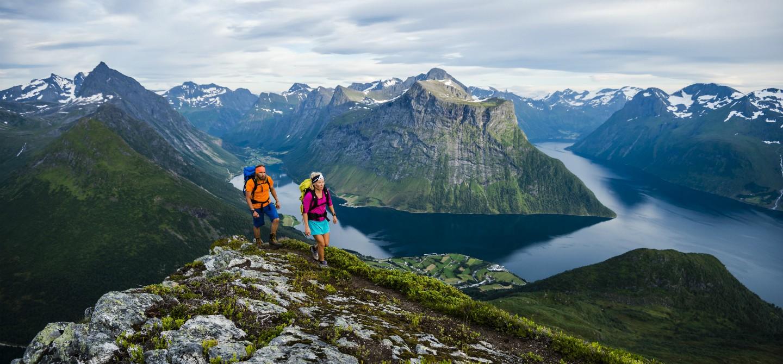 Ålesund e lo spettacolo dei Fiordi Norvegesi