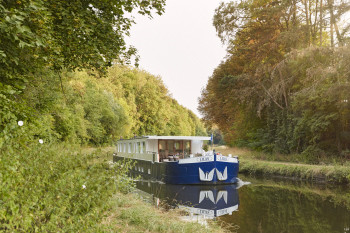 Belmond Lilas - Afloat in France